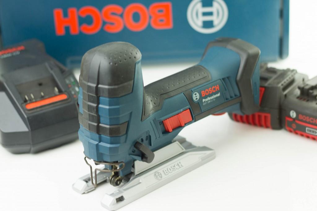 Lieferumfang der Bosch GST 18V-Li S Akku-Stichsäge